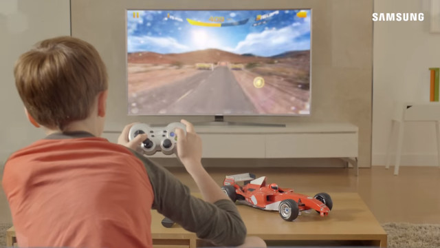 Gaming on smart TV