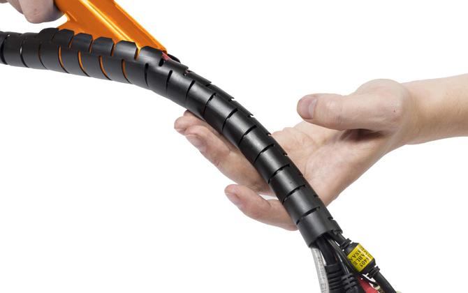 D-Line Cable Zipper
