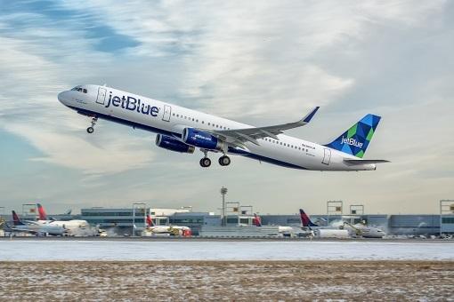JetBlue plane in flight