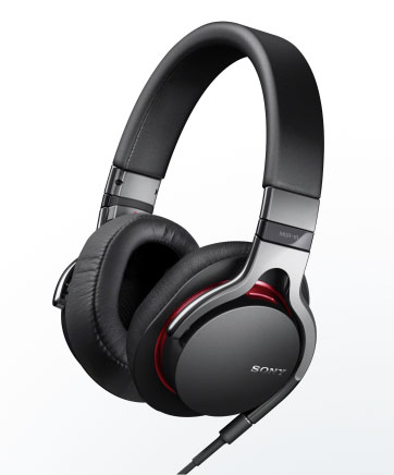 Sony MDR-R1 studio-grade headphones