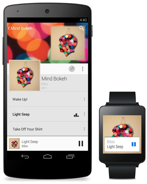 Android Gear smartwatch and phone