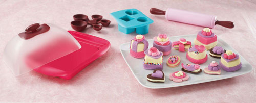 Hasbro Easy-Bake Deluxe Delights