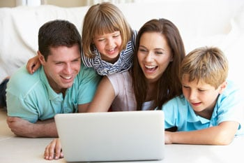 family-with-computer-350px