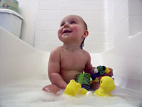 Nick Kelsh photo of baby in bath