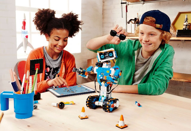 LEGO BOOST teaches kids coding