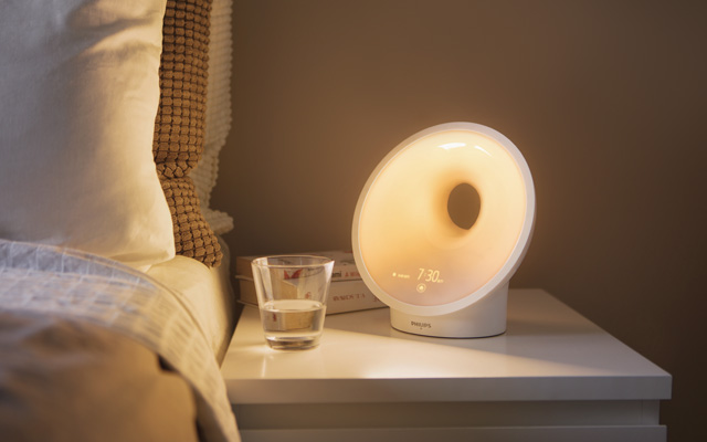Sunrise Alarm Clock: Philips Connected Wake-Up Light Alarm Clock
