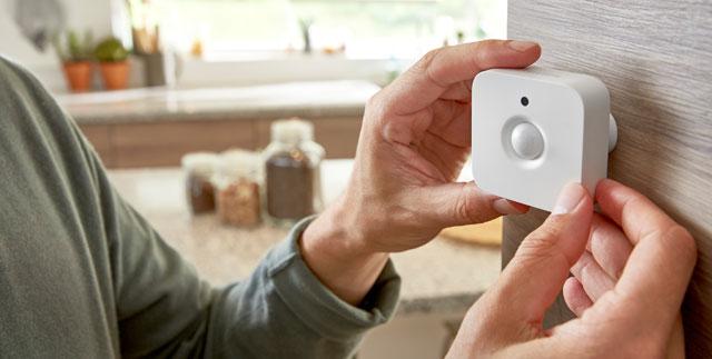 Philips Hue motion sensor makes Hue bulbs even smarter.