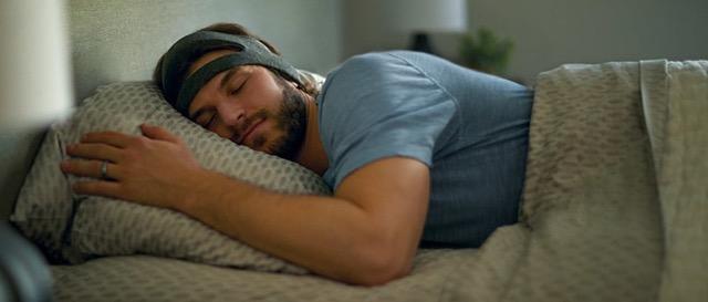 Philips SmartSleep wearable sleep enhancement system