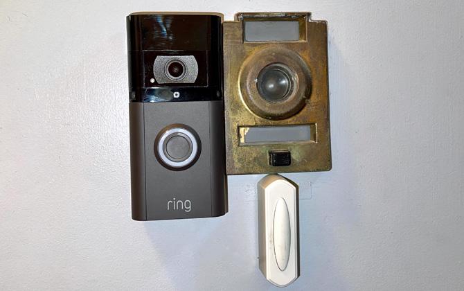 Ring Video Doorbell 3 Plus with Venetian Bronze faceplate