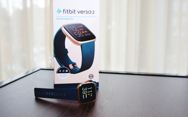 Smartwatch with fitness tracking: Fitbit Versa 2