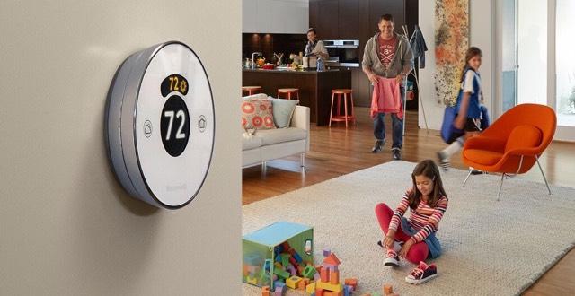 Honeywell Lyric Round Wi-Fi Thermostat