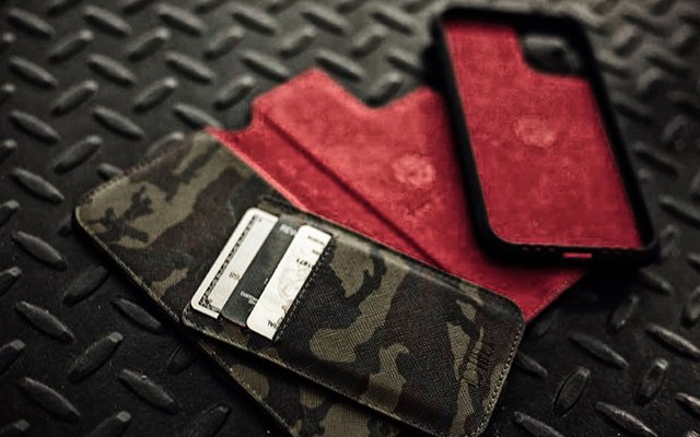 For functional flexibility: HEX Wallet Folio