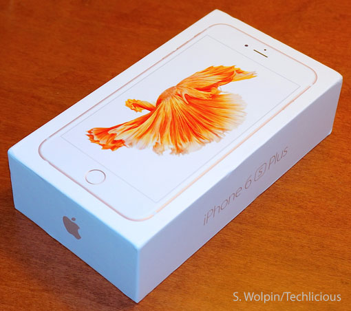 iPhone 6S Plus in box