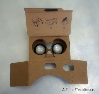 Instructions inside the Minkanak Google Cardboard Kit