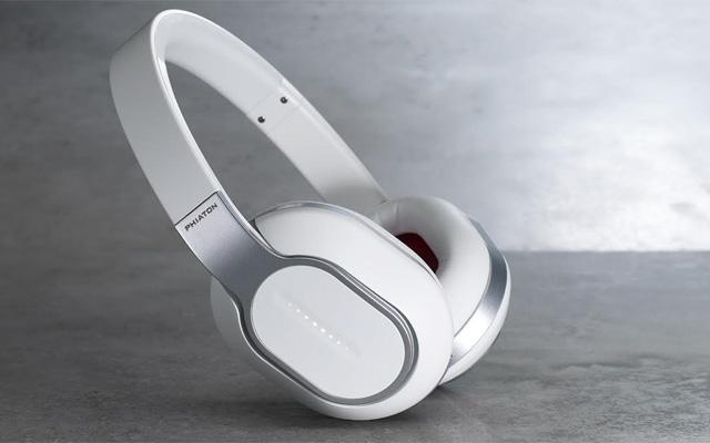 Phiaton Wireless Touch Interface Headphones