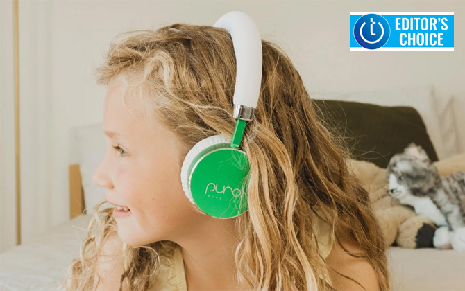 Puro Sound BT2200 sound limiting headphones in green on child. Shown on side profile. Techlicious Editor's Choice award logo in upper right corner.