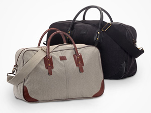 FYL Weekender Bag with built-in charger